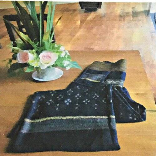 กางเกงผ้าฝ้ายมัดหมี่ ทอมือ ใหญ่ เอว 30-35 นิ้ว สะโพก 44 นิ้ว ยาว 38 นิ้ว 1 ชิ้น/ชุด
