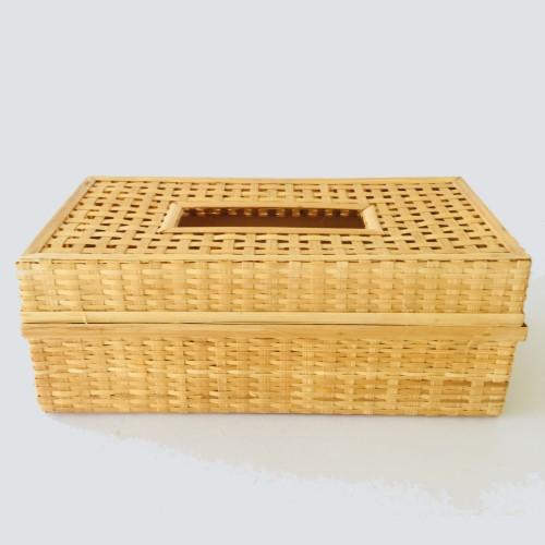 กล่องใส่ทิชชูสานจากไม้ไผ่ (1 ชุด มี 2 ชิ้น) ตำบลหัวถนน อำเภอพนัสนิคม จังหวัดชลบุรี