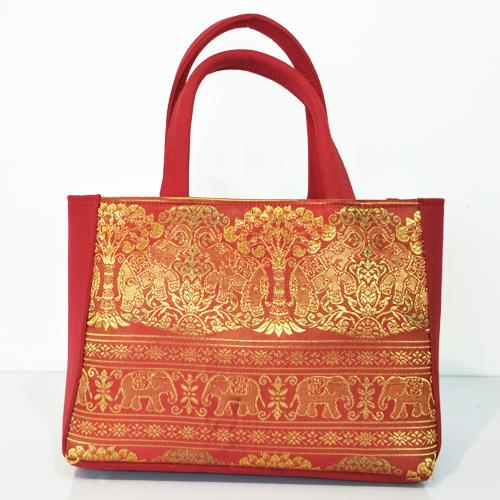 กระเป๋าหิ้ว สีแดง ผ้าลายช้าง