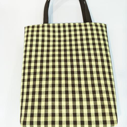 กระเป๋าทรงแบนสูง ผ้าขาวม้า สีน้ำตาล