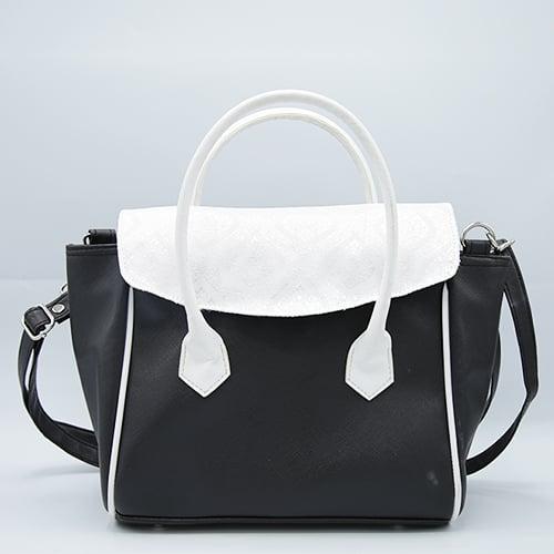 กระเป๋าผ้าไทยสีดำ จำนวน 1 ใบ