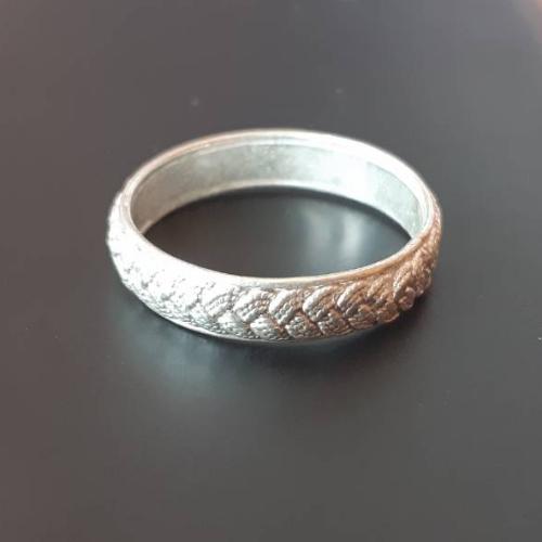 แหวนเกลี้ยง (2.5กรัม)
