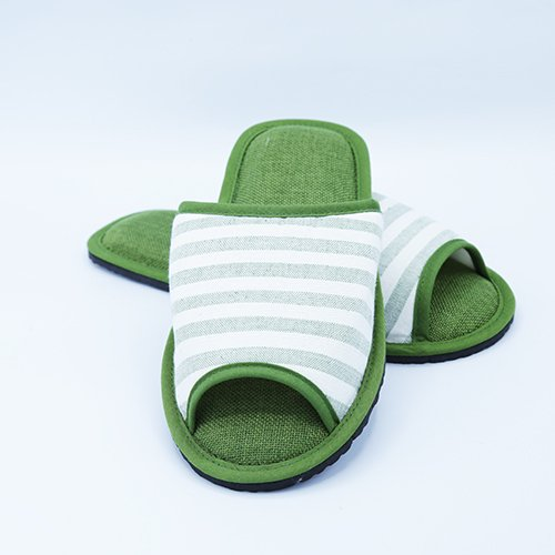 รองเท้าสีเขียว size S