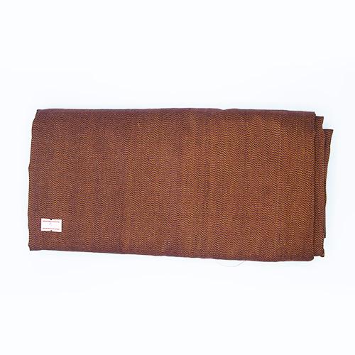 ผ้าไหมหางกระรอกโบราณ สีเม็ดมะขามควบเหลือง เส้นเม็ดมะขาม (4X1 เมตร)