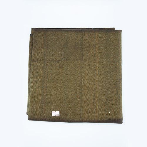 ผ้าไหมหางกระรอกโบราณ สีเขียวควบเหลือง เส้นเม็ดมะขาม (4X1 เมตร)