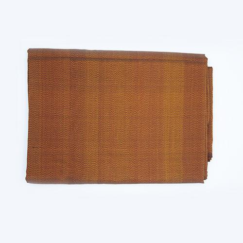 ผ้าไหมหางกระรอกโบราณ สีแดงควบเหลือง เส้นยืนเม็ดมะขาม (4X1 เมตร)