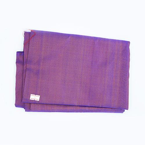 ผ้าไหมหางกระรอกโบราณ สีแดงควบเหลือง เส้นยืดสีน้ำเงิน (4X1 เมตร)
