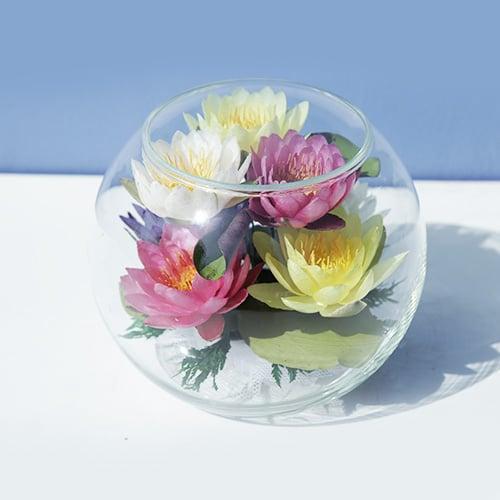 ดอกบัวสดอบแห้งในภาชนะแก้ว FR 38 (6 ดอก)