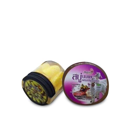 สบู่นมแพะผสมเปลือกมังคุด (200 กรัม) 1 ก้อน และสบู่นมแพะผสมรังไหมทอง (200 กรัม) 1 ก้อน