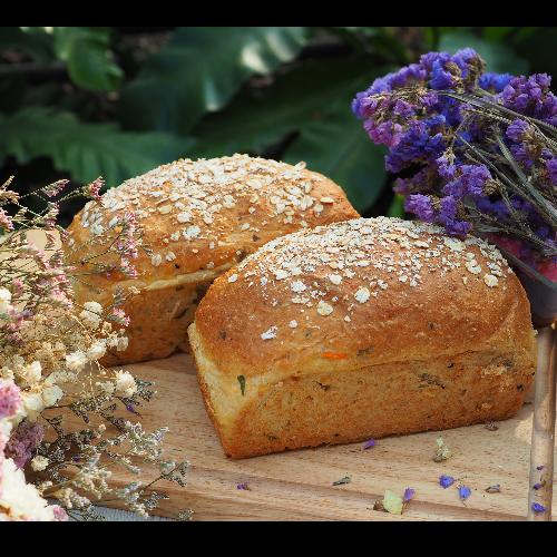 ขนมปังโฮลวีทผักไส้มันแครอท