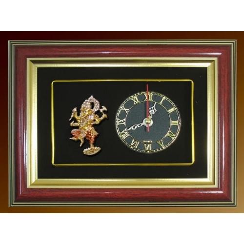 กรอบนาฬิกาพระพิฆเนศ ปางศิลปะร่ายรำ พร้อมกล่องผ้าไหม