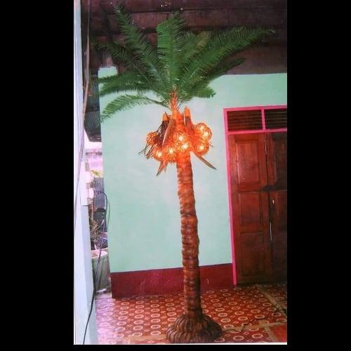 โคมไฟแก้วกะลาต้นมะพร้าว