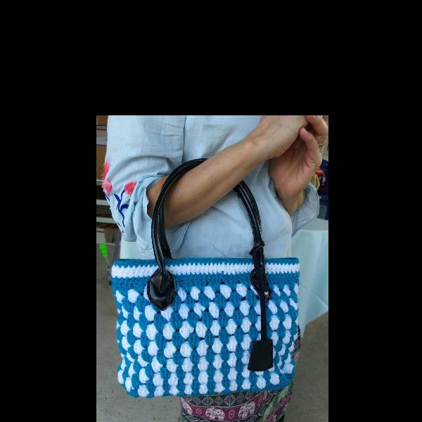 กระเป๋าถักโครเชต์