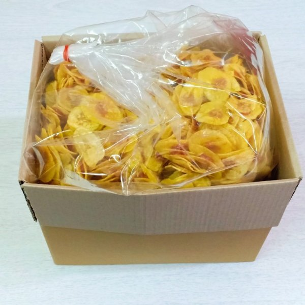 กล้วยหักมุกบางไส้มะขามยกลัง ( 1 ลัง บรรจุ 5 กิโลกรัม )