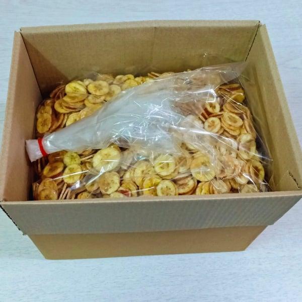 กล้วยน้ำว้าสอดไส้มะขามยกลัง ( 1 ลัง บรรจุ 5 กิโลกรัม )