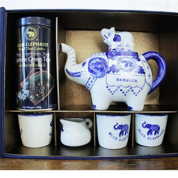 ชุดกาน้ำช้าง ถ้วยชา ชา ในกล่องผ้าไหม (ของขวัญไปรษณีย์) ฟรี ชุดทำอาหารต้มข่า 1 ชิ้น