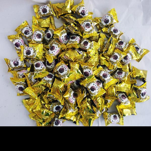 Apollo Roka เวเฟอร์ลูกกลมสอดไส้ช็อกโกแลต ช็อคโกแลต แพค 80 ชิ้น