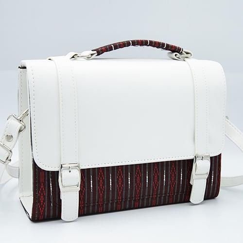 กระเป๋าผ้าไทยทรงกล่องลายตรง จำนวน 1 ใบ
