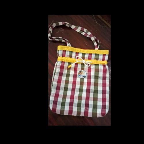 กระเป๋าสะพายลายผ้าขาวม้า บ้านศรีเวินชัย อ.ศรีสงคราม Otop จังหวัดนครพนม