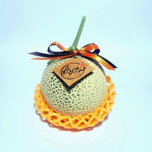 เมล่อนญี่ปุ่นพันธุ์ Ka-Ne-Mi-Tsu Melon จากไร่ชรินทร์พรรณ เชียงใหม่ จำนวน 1 ลูก/กล่อง